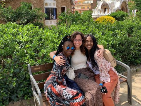 BCN - Summer 2019 - Felician CP - students with Adriana in park guell