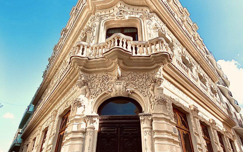 Hav Cesar Romero Csu Fullerton In Havana Fall 2020